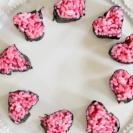 え、かわいい♡バレンタインに作りたいハートおにぎり【管理栄養士監修】