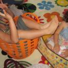 狭い布団で息子と娘とぎゅうぎゅう。高1になった今も私の隣で「気持ちの充電」