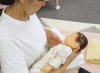 授乳に悩んでいるママ必見!正しい授乳姿勢【助産師監修】