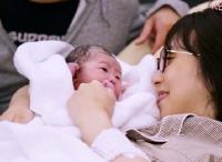 1カ月で50万超え! 命がけの出産に密着した動画に驚きと涙の声!