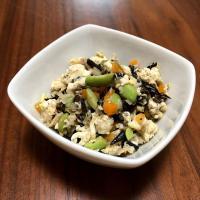 【離乳食後期】ツナとひじきの煎り豆腐