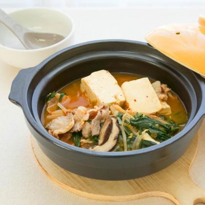 ピリ辛キムチ豆腐の鍋☆
