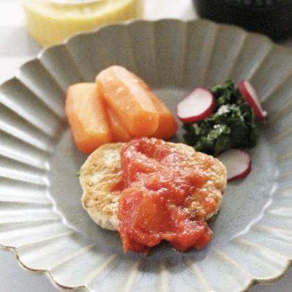 【離乳食完了期】胡麻風味のぶりのハンバーグ、トマトソース