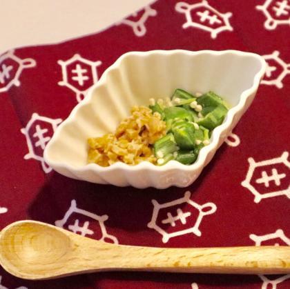 【離乳食中期】オクラ納豆