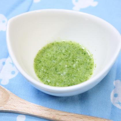 【離乳食初期】ブロッコリーの出汁煮