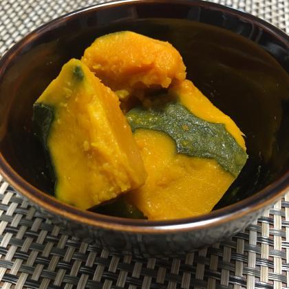 【離乳食後期】かぼちゃの塩バター煮