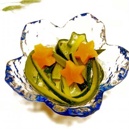 【離乳食完了期】ズッキーニとオクラのツルツルサラダ