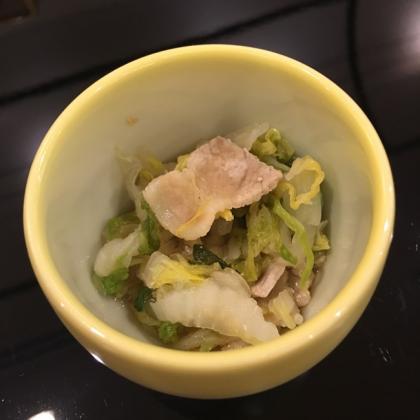 【離乳食後期】白菜と豚肉のさっぱり煮