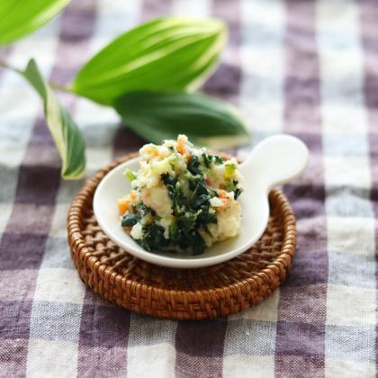 【離乳食後期】ほうれん草入りポテトサラダ