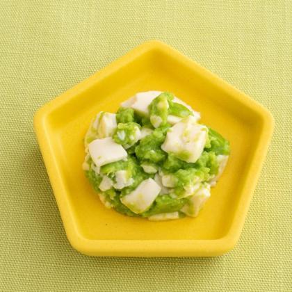 【離乳食中期】豆腐とグリーンピースのサラダ