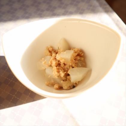 【離乳食後期】かぶとそぼろの煮物