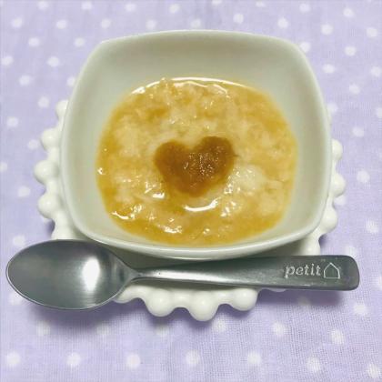 【離乳食初期】かぼちゃとりんごのパン粥
