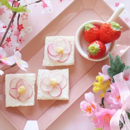 【離乳食完了期】ひな祭りに♡桃の花オープンサンド