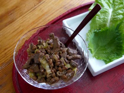 納豆とレバーのサンチェ巻