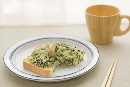 【離乳食完了期】のりじゃこトースト