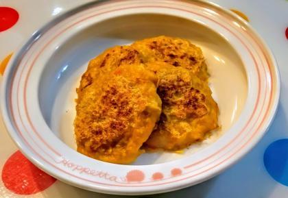 【離乳食後期】蓮根と人参の豆腐ハンバーグ