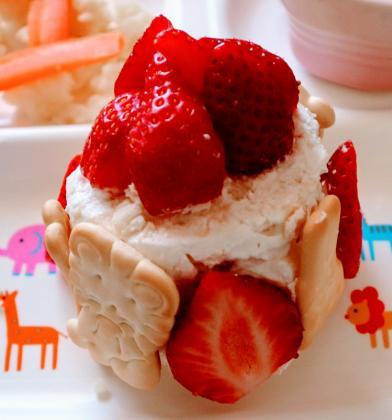 【離乳食後期】食パンで簡単♡誕生日ケーキ