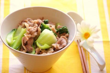 青梗菜と豚肉の中華あんかけご飯