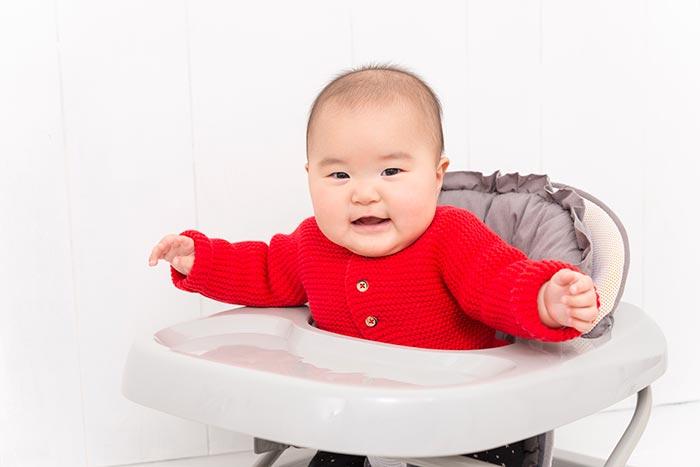 赤ちゃん歩行器イメージ