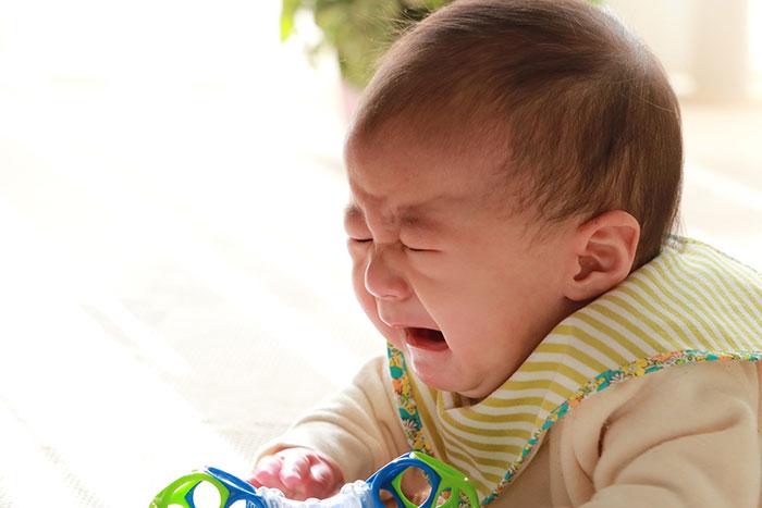 赤ちゃん後追いイメージ