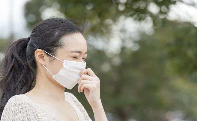 花粉症の妊婦さんのイメージ