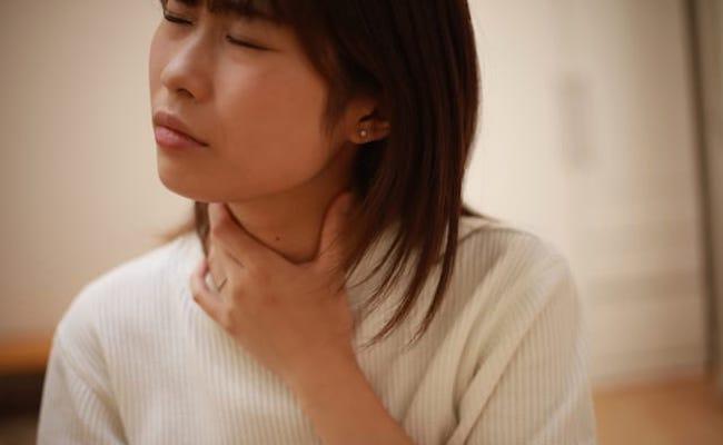 咽頭痛イメージ