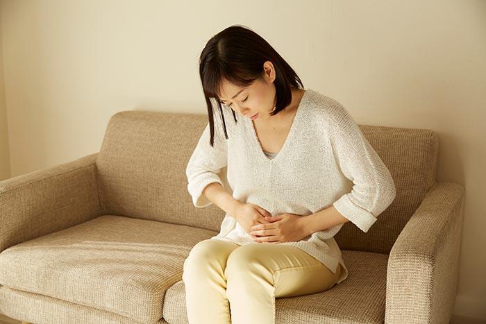 妊婦さんの腹痛は注意が必要?妊娠中の腹痛の原因と対処方法