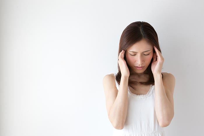 妊婦の耳鳴りイメージ