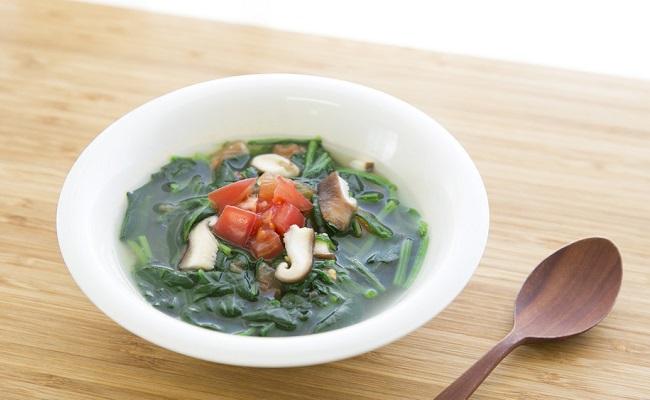 葉酸たっぷりほうれん草スープ
