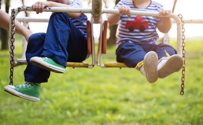 子どもの靴のイメージ