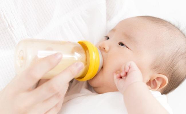 母乳育児のイメージ