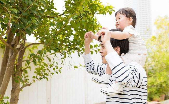 【パパの体験談】1歳で断乳することに。パパにもできるお手伝いとは?