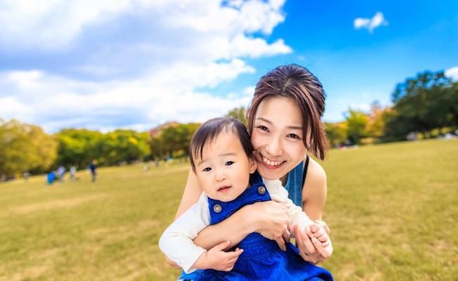 赤ちゃんとママのイメージ