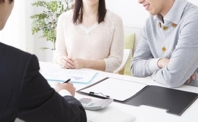 ファイナンシャルプランナーの保険相談イメージ