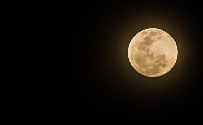 満月のイメージ