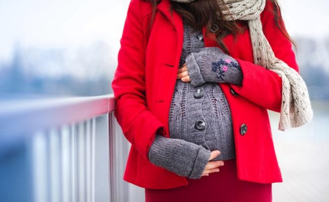 1月の妊婦さんイメージ