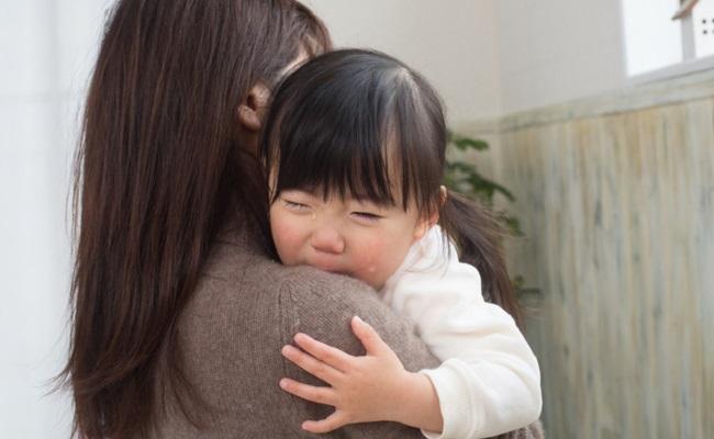 子育てに悩むママのイメージ