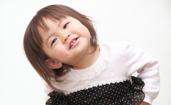イヤイヤ期の2歳児のイメージ