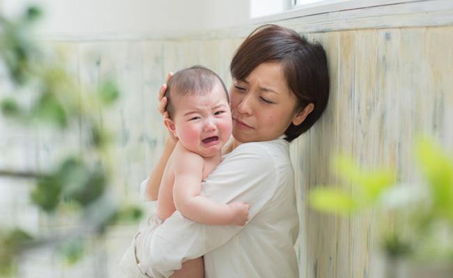 大泣きする赤ちゃんのイメージ
