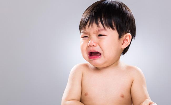 泣いている赤ちゃんのイメージ