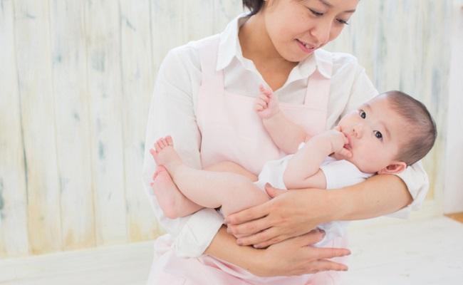 里帰り出産しないママへ。産後がラクになる家事サービス3選