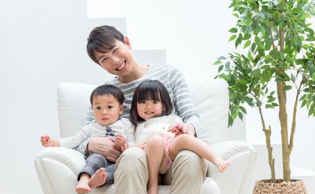 パパと子どもたちのイメージ