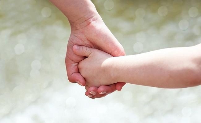 親と子どものイメージ