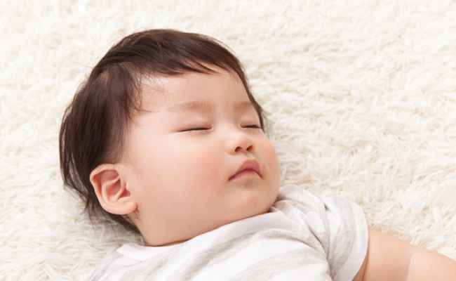 すやすや眠る赤ちゃんのイメージ