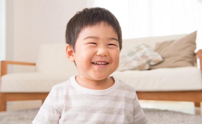 笑顔の男の子のイメージ