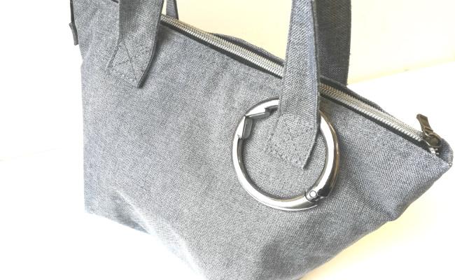 バッグの持ち手につけたclipa(クリッパ)
