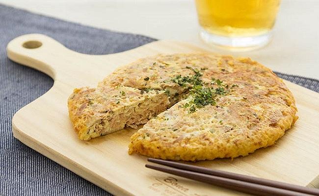 混ぜて焼くだけ♪ヘルシーなサバの豆腐ハンバーグ【管理栄養士監修】
