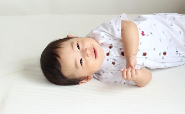 生後6カ月の赤ちゃんのイメージ