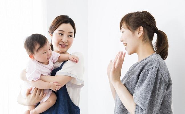 一時保育を利用する母子のイメージ