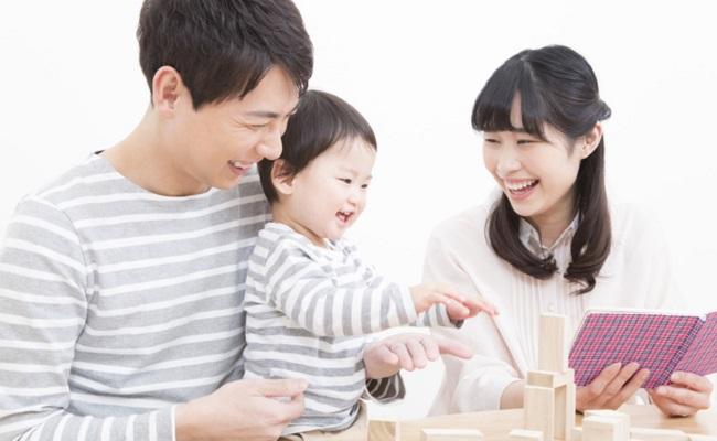 生後11~12カ月の赤ちゃんとのふれあいのイメージ